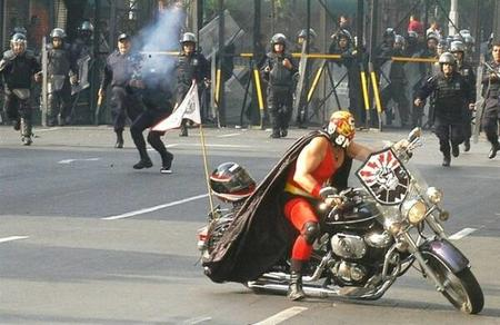 awesome luchador mask motorcycle photo police riot // 600x389 // 43.0KB
