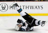 animated away_jersey breakdancing dance hockey logan_couture san_jose sharks // 434x300 // 766.5KB