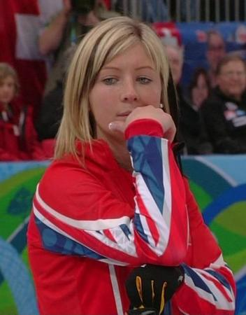 curling eve_muirhead great_britain reaction vancouver // 500x640 // 37.4KB