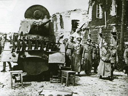 bw germany high_res hitler nazi tank wwii // 4591x3432 // 6.6MB