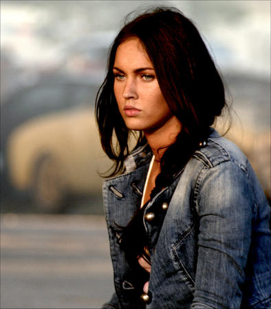 blue_eyes brunette high_res jacket jeans megan_fox photo transformers // 2629x3000 // 1.8MB