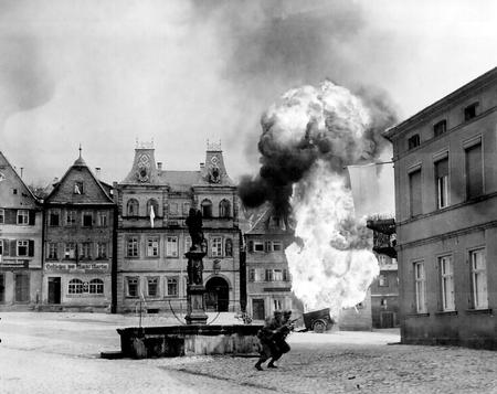 bw explosion fountain helmet high_res photo rifle wwii // 1392x1103 // 293.3KB