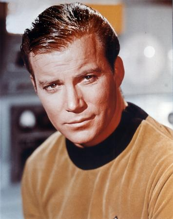 brunette high_res james_t_kirk star_trek william_shatner // 2255x2855 // 4.0MB