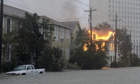 america fire hurricane photo texas // 990x597 // 165.4KB