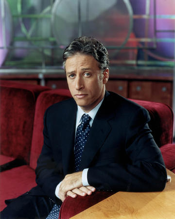 high_res jon_stewart necktie suit // 1729x2161 // 448.7KB