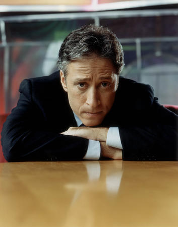 high_res jon_stewart suit // 1647x2100 // 299.4KB