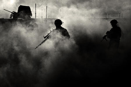 bw desktop helmet rifle smoke // 2000x1333 // 786.9KB