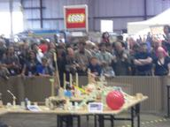2009 blurry chain_reaction maker_faire // 3072x2304 // 1.8MB