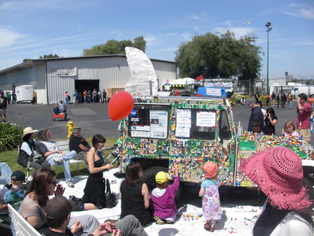 2009 legos maker_faire photo // 3072x2304 // 1.9MB