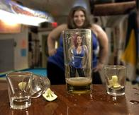 bbw beer_goggles drink drunk fat misogynist optical_illusion size_difference tequila // 613x511 // 44.1KB