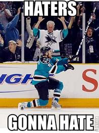 haters hockey home_jersey joe_pavelski macro san_jose sharks // 330x440 // 56.0KB