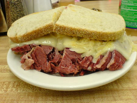 high_res photo reuben sandwich // 1632x1224 // 406.6KB