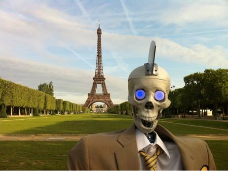 eiffel_tower france geoff_peterson late_late_shorw mohawk paris photo robot skeleton suit // 640x479 // 89.9KB