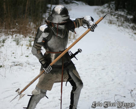 armor gauntlets halberd helmet pauldrons photo sallet snow // 1280x1024 // 161.1KB