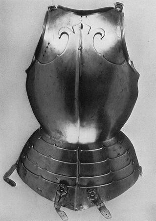 armor bw cuirass photo // 390x551 // 109.1KB