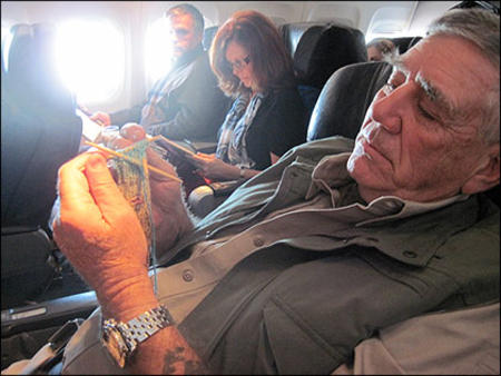 knitting lee_ermey photo // 420x315 // 38.8KB