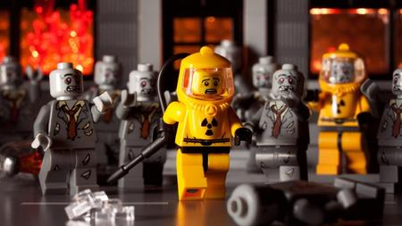 diorama lego photo radiaton_suit zombie // 1600x900 // 153.0KB