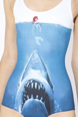 jaws little_mermaid photo swimsuit // 683x1024 // 163.9KB
