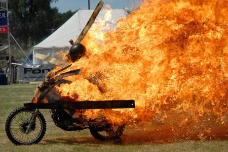 fire helmet motorcycle photo // 920x615 // 283.3KB