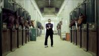 animated dance gangam_style horse suite sunglasses // 500x282 // 152.6KB