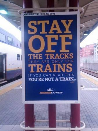 humor photo sign train // 500x666 // 45.7KB