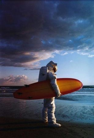 astronaut beach photo surfboard // 500x734 // 32.4KB