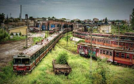 photo ruins scenery train // 500x312 // 38.9KB