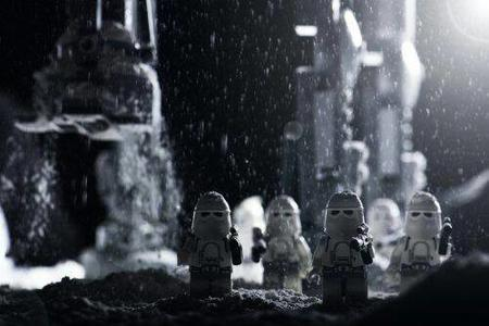 group hoth lego photo snow star_wars stormtrooper // 500x333 // 25.8KB