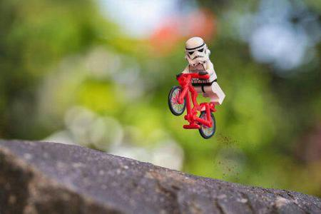 bicycle lego photo star_wars stormtrooper // 500x333 // 17.8KB