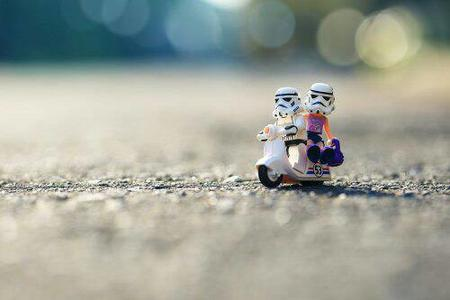lego photo scooter star_wars stormtrooper // 500x333 // 17.9KB