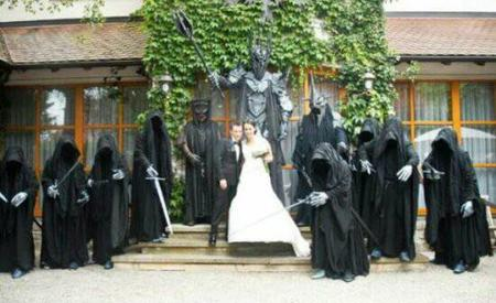 group lotr photo ringwraith sauron sword wedding // 550x336 // 36.6KB