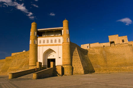 bukhara fortress photo scenery // 640x427 // 198.3KB
