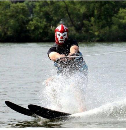 luchador mask photo waterskiing // 600x620 // 50.4KB