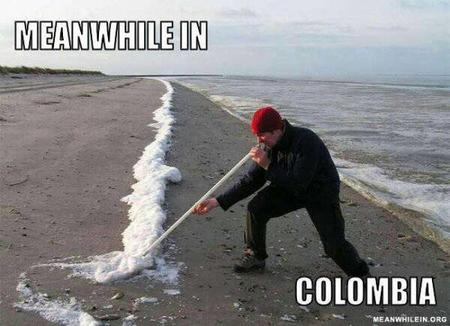 colombia humor macro meanwhile_in photo // 600x435 // 43.3KB