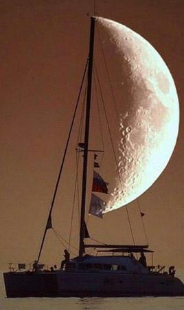 boat moon photo sailboat // 600x1007 // 52.2KB
