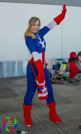 blonde captain_america cosplay gloves knit long_hair marvel ponytail // 600x987 // 92.5KB