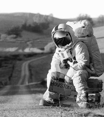 astronaut bw photo sign spacesuit // 600x672 // 90.2KB
