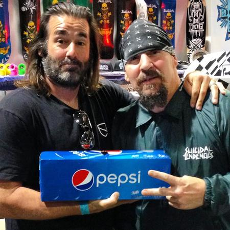 humor mike_muir pepsi photo suicidal_tendencies // 1080x1080 // 155.5KB