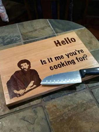 cutting_board humor knife lionel_ritchie // 600x800 // 50.9KB