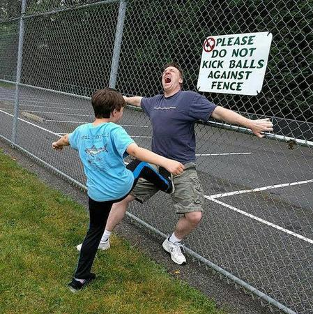 balls humor kick photo sign // 600x601 // 121.8KB