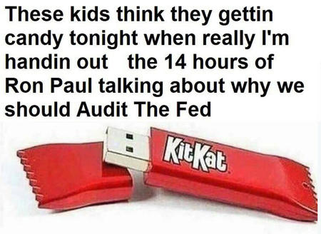 halloween humor kit_kat ron_paul // 1080x788 // 131.2KB
