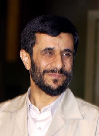 ahmedinejad high_res iran photo political // 1312x1806 // 156.4KB