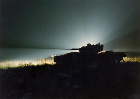 high_res photo silhouette tank // 2064x1459 // 858.6KB