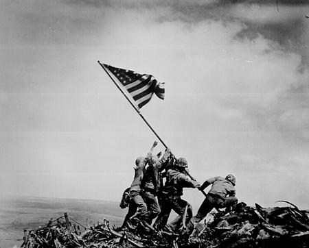 america bw flag iwo_jima photo // 483x389 // 137.9KB